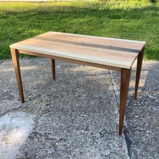 Ein schöner Tisch